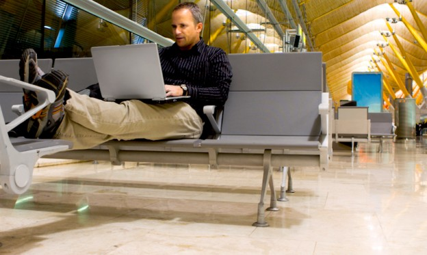 9 Keys to Staying Productive at the Airport
