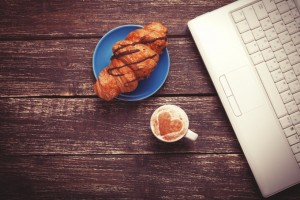 What are Super Cognitive Foods? And Other Reads To Help You Work Better (Work Management Roundup)