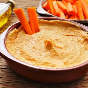 Морковь и хумус