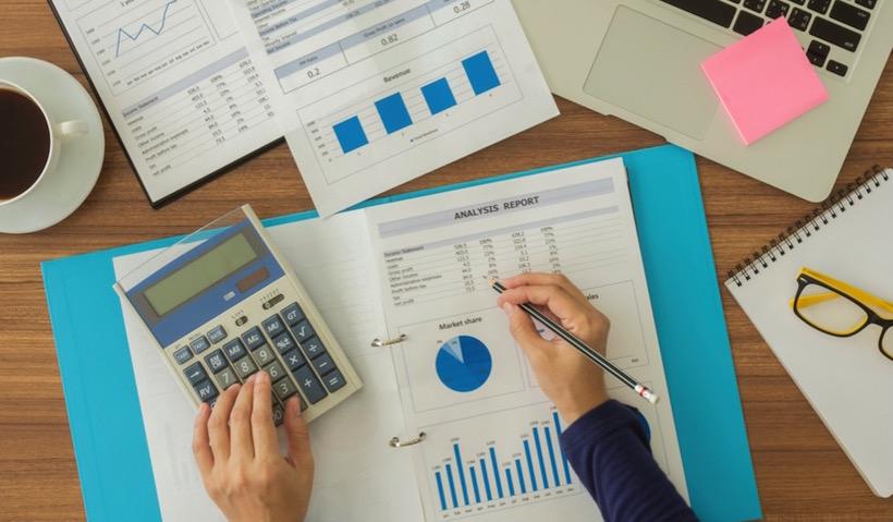 Как создать шаблон электронной таблицы для составления месячного бюджета малого предприятия