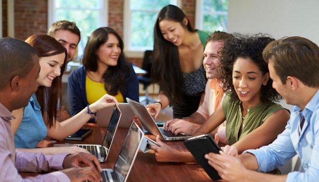 Пять простых стратегий, помогающих повысить мотивацию сотрудников