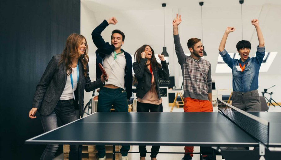 How to Foster a Positive Company Culture in the Age of Social Media Reviews