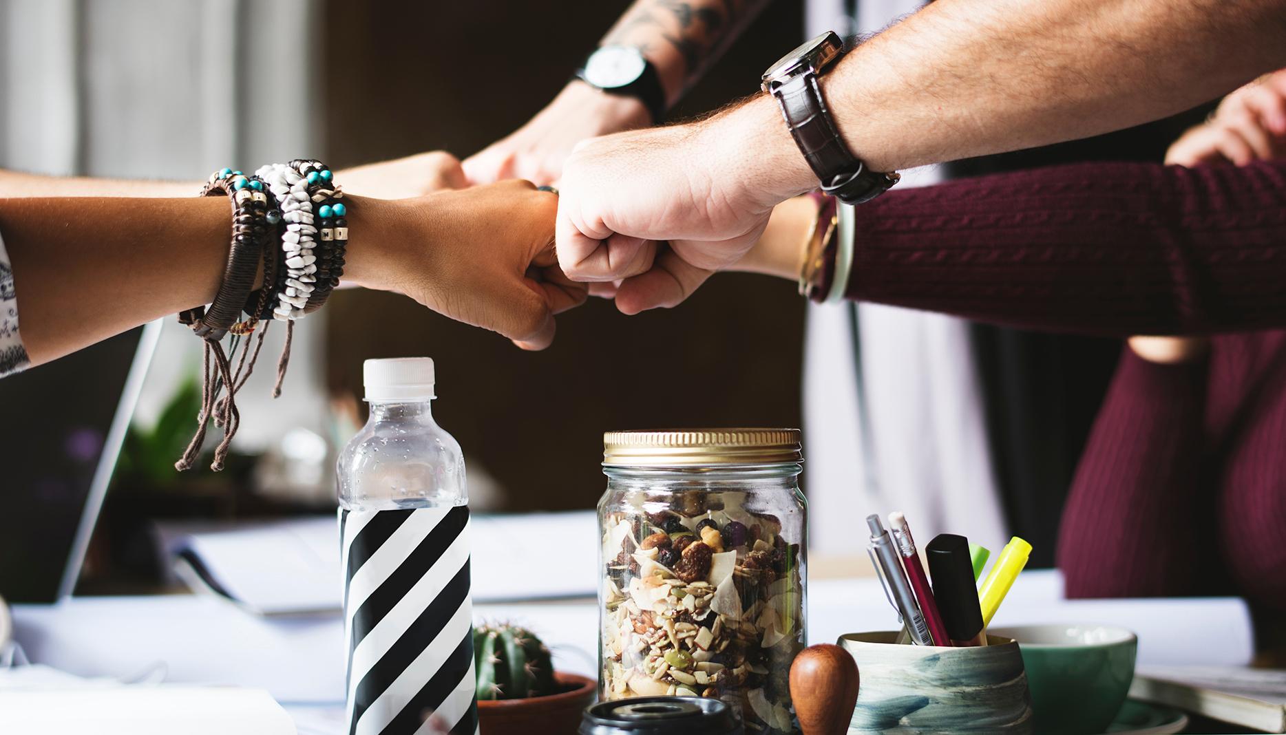 7 Taktiken, um Ihr Team für Unternehmensziele zu elektrisieren