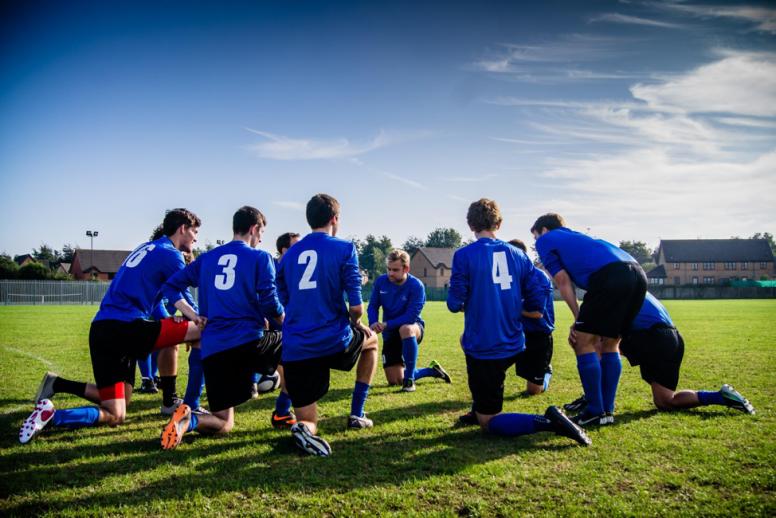 Lo que el Tiki-Taka del fútbol nos puede enseñar del trabajo en equipo - Wrike - trabajo en equipo
