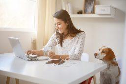 Consejos para trabajar desde casa de 4 expertos en la materia