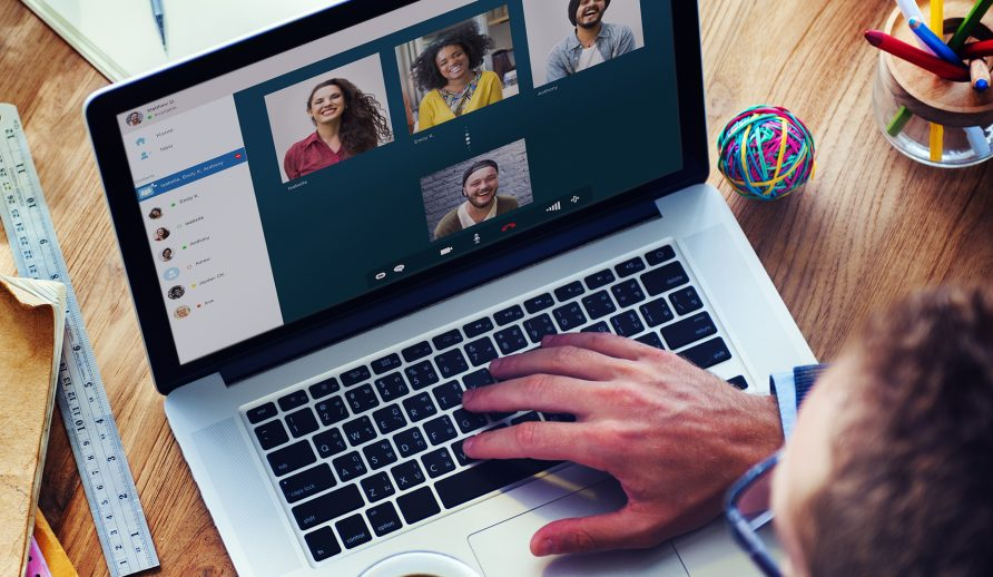 Actividades en línea para fomentar el espíritu de equipo en tu empresa