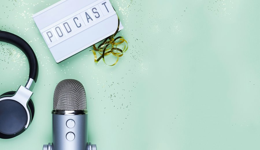 9 Podcasts for Project Managers On the Go