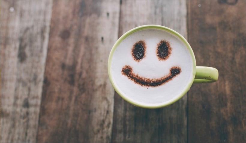 Streben nach einem positiven Arbeitsumfeld: Interview mit Glücks-Experte Shawn Achor