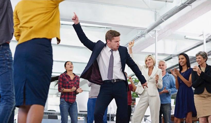 Ругань на рабочем месте: опрос Wrike