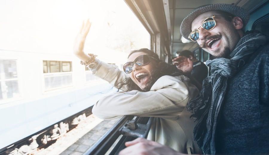 ¡Adiós, silos! Cinco herramientas que los agentes de marketing deben centralizar mediante la gestión del trabajo
