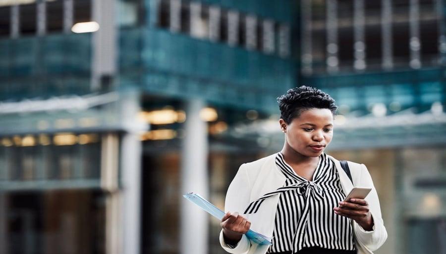 Mit Wrike's erweiterter Mobil-App ganz einfach von unterwegs arbeiten