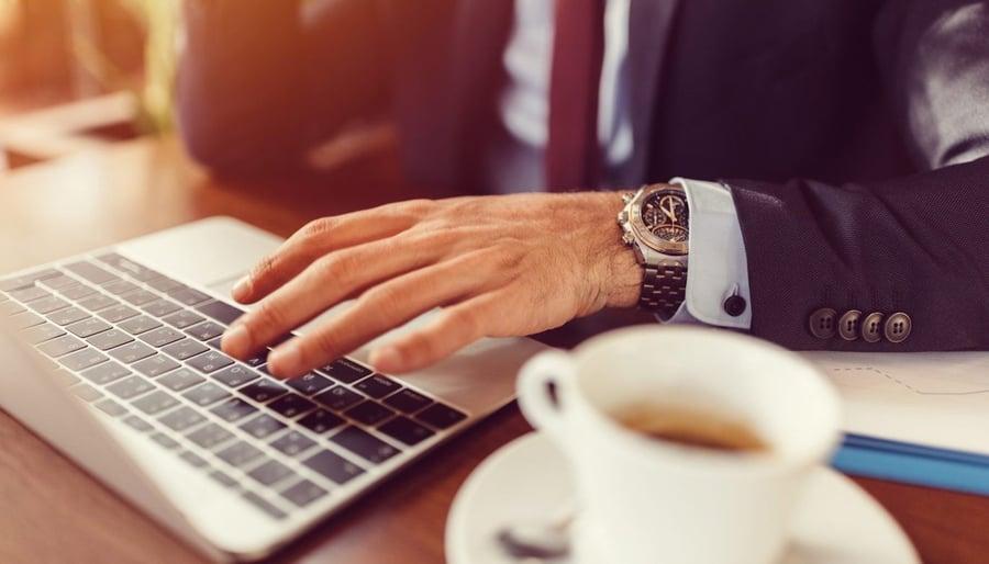 Wie Sie Ihr Team durch flexible Arbeitszeiten und Remote-Arbeit stärken