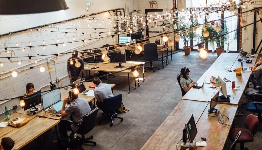 5 consejos para aumentar la adopción de la gestión del trabajo en tu equipo de marketing
