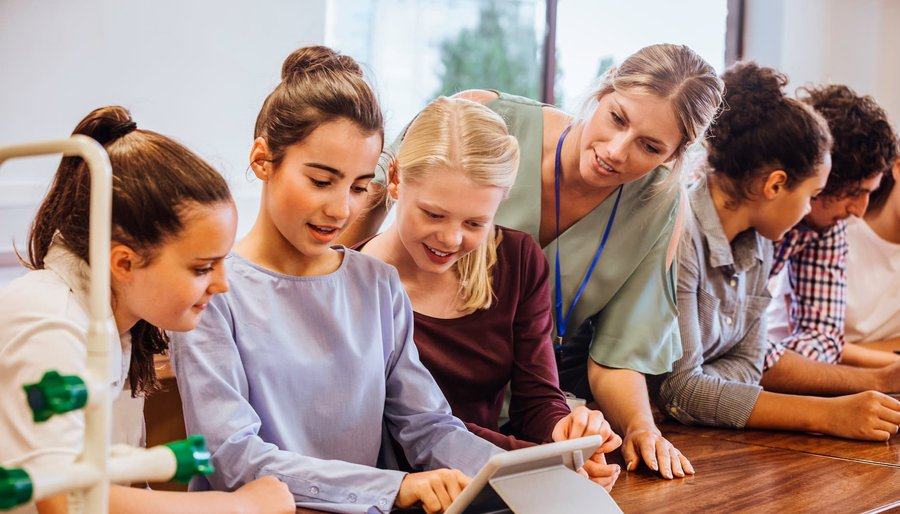 Mujeres en la ciencia y la tecnología: 10 referentes para inspirar a las niñas