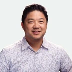 Hoon Kim, Gerente de produção de criação